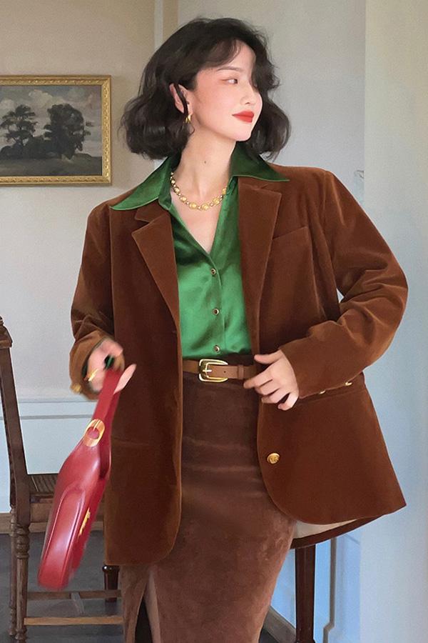 너츠 벨로아 레트로 페미닌 데일리 루즈핏 여성자켓 (커피,퍼플)